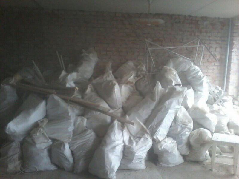 Вынос строительного мусора из квартиры в СПб